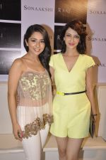 Saumya Tandon at Sonaakshi Raaj store launch in Bandra, Mumbai on 20th Nov 2014 (91)_54707a085ca96.JPG