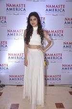 Mouni Roy at Namaste America event to invite new US Consul General in Taj Land_s End, Mumbai on 24th Nov 2014 (224)_54741d2946c96.JPG