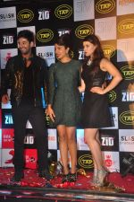 Karanvir Sharma, Priyanka Chopra, Mannara at Music success bash of Zid in Andheri, Mumbai on 25th Nov 2014 (176)_5475ee312a20f.JPG
