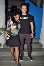 Arpita Khan snapepd with Ayush in Olive, Mumbai on 28th Nov 2014 (9)_54799abf302e4.JPG