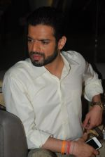 Karan Patel at Yeh Hai Mohabbatein 300 episodes celebrations in Andheri, Mumbai on 28th Nov 2014 (33)_54799d58323e2.JPG