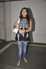 Juhi Parmar at Vandana Sajnani_s Fourplay play premiere in Rangsharda, Mumbai on 30th Nov 2014 (19)_547c590d76172.JPG