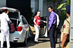 Gautam Singhania snapped in Airport private, Mumbai on 2nd Dec 2014 (8)_547eb279450f5.JPG