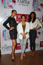 Masaba, Candice Pinto, Nidhi Sunil at Fiama Di Wills promotion on 4th Dec 2014 (185)_548176579f062.JPG