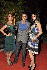 Amrita Arora, Tusshar Kapoor, Anu Dewan at vikram phadnis store in Mumbai on 7th Dec 2014 (46)_5485d70ddfef2.JPG
