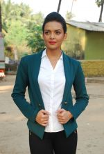 Bidita Bag On location of Gun Pe Done in Madh on 8th Dec 2014 (100)_5486b96cce4ec.JPG