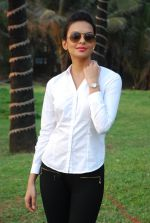 Bidita Bag On location of Gun Pe Done in Madh on 8th Dec 2014 (107)_5486b9512fc5f.JPG