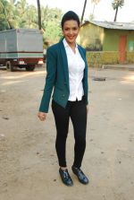 Bidita Bag On location of Gun Pe Done in Madh on 8th Dec 2014 (97)_5486b9461655f.JPG