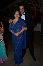 Manasi Joshi Roy, Rohit Roy at Purbi Joshi Wedding in Mumbai on 8th Dec 2014 (159)_5486bc3e2ceaf.JPG