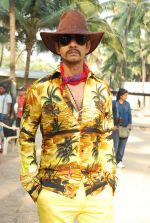 Vijay Raaz On location of Gun Pe Done in Madh on 8th Dec 2014 (17)_5486b9b31037b.JPG