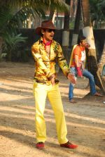Vijay Raaz On location of Gun Pe Done in Madh on 8th Dec 2014 (51)_5486b9a2a2945.JPG