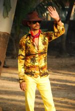 Vijay Raaz On location of Gun Pe Done in Madh on 8th Dec 2014 (52)_5486b9a372360.JPG