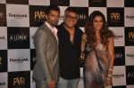 Bipasha Basu, Karan Singh Grover, Bhushan Patel at Alone First Look Launch in Mumbai on 9th Dec 2014 (41)_5487f24bdf3c9.JPG