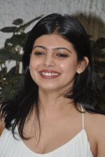 Deepti Talpade at the First Look & Theatrical Trailer launch of Shreyas Talpade starrer Baji in mumbai on 9th Dec 2014 (29)_5487f0b3c0776.JPG