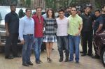 Anushka Sharma, Aamir Khan, Rajkumar Hirani, Vidhu Vinod Chopra at PK game launch in Reliance Digital, Mumbai on 12th Dec 2014  (159)_548c2565c33bf.JPG