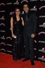Sonu Sood at Sansui Stardust Awards red carpet in Mumbai on 14th Dec 2014 (793)_548fd273a59b7.JPG