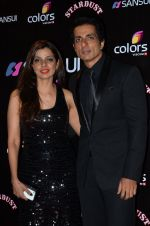 Sonu Sood at Sansui Stardust Awards red carpet in Mumbai on 14th Dec 2014 (796)_548fd27a65d7f.JPG