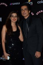 Sonu Sood at Sansui Stardust Awards red carpet in Mumbai on 14th Dec 2014 (802)_548fd2884a8c7.JPG