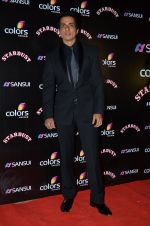 Sonu Sood at Sansui Stardust Awards red carpet in Mumbai on 14th Dec 2014 (811)_548fd28fe93f4.JPG