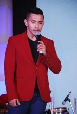 Aditya Narayan at Zee_s concert in Band Stand, Mumbai on 17th Dec 2014 (82)_549293ce40901.JPG