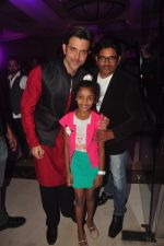 Hrithik Roshan, Zayed Khan at Vikram Singh_s Brother Uday Singh and Ali Morani_s daughter Shirin_s Sangeet Ceremony on 18th Dec 2014 (55)_54940dead5097.JPG