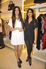 Jhanvi Kapoor, Khushi Kapoor at Reema Jain_s After Shock launch in Palladium, Mumbai on 22nd Dec 2014 (72)_54993bd2f3ee0.JPG