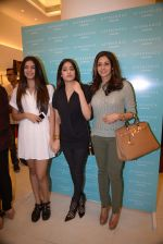 Srivedi, Jhanvi Kapoor, Khushi Kapoor at Reema Jain_s After Shock launch in Palladium, Mumbai on 22nd Dec 2014 (20)_54993bd3d418f.JPG