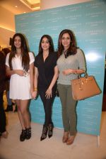 Srivedi, Jhanvi Kapoor, Khushi Kapoor at Reema Jain_s After Shock launch in Palladium, Mumbai on 22nd Dec 2014 (21)_54993bb626386.JPG