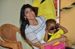 Shriya Saran spreads christmas joy with Access Life NGO Kids in Chembur, Mumbai on 23rd Dec 2014 (12)_549a8c704bc15.JPG