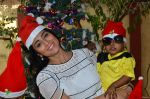 Shriya Saran spreads christmas joy with Access Life NGO Kids in Chembur, Mumbai on 23rd Dec 2014 (16)_549a8c73e9fcc.JPG