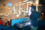 DJ Chetas spins at 9XM House of Dance bash in Mumbai on 24th Dec 2014 (26)_549be4c0475aa.JPG