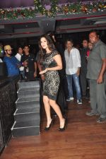 Sunny leone, Tanuj Virwani at One Night stand promotions in Mumbai on 24th Dec 2014 (28)_549be736ca341.JPG