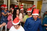 Mishti Chakraborty Celebrates her Birthday And Christmas with Mentally Challenged Adults (6)_549d280e79cb1.jpg