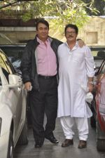 Randhir Kapoor at The Kapoors Christman Lunch Get-together  in Mumbai on 25th Dec 2014 (13)_549d44118eb16.JPG