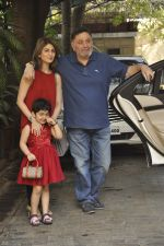 Riddhima Kapoor, Rishi kapoor at The Kapoors Christman Lunch Get-together  in Mumbai on 25th Dec 2014 (30)_549d44483d38a.JPG