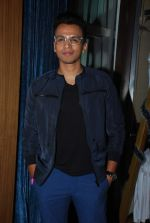 Abhijeet Sawant at Lucky_s music club in Hard Rock Cafe, Mumbai on 26th Dec 2014 (41)_549e8398130c1.JPG