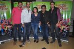 Ritesh Menon, Kushal Punjabi, Swanand Kirkire, Shilpa Shukla, Siddharth Sharma at Crazy Kukkad Family promotions in Mumbai on 26th Dec 2014 (17)_549e8484a1af8.JPG