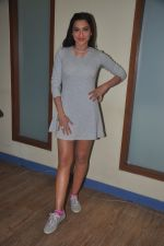 Gauhar Khan promote Country Club new year_s in Mumbai on 29th Dec 2014 (30)_54a27476caee9.JPG