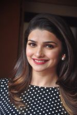 Prachi Desai promote Country Club new year_s in Mumbai on 29th Dec 2014 (70)_54a274d43efb7.JPG
