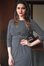 Prachi Desai promote Country Club new year_s in Mumbai on 29th Dec 2014 (79)_54a275021a5f2.JPG