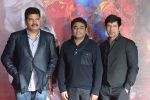 Shankar, Chiyaan Vikram, A R Rahman at I movie trailor launch in PVR, Mumbai on 29th Dec 2014 (27)_54a27a9f29273.JPG