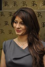 Tanisha Mukherjee at Popley Group celebrates Omega Sun Down Session in Grand Hyatt, Mumbai on 27th Dec 2014 (13)_54a274a0b614b.JPG