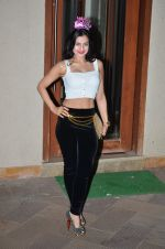 Ameesha Patel at Sanjay Dutt_s New Year Bash in Mumbai on 31st Dec 2014 (17)_54a51bfb68b09.JPG