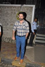 Harman Baweja snapped in Mumbai on 30th Dec 2014 (8)_54a51a2eef95b.JPG