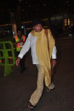 Mithun Chakraborty snapped at airport in Mumbai on 2nd Jan 2015 (56)_54a7cab4ab68a.JPG