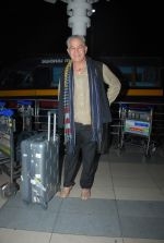 Dalip Tahil snapped at airport on 3rd Jan 2015 (32)_54a9420cdf428.JPG