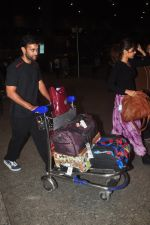 Akhil Khanna snapped in Mumbai Airport on 5th Jan 2015 (17)_54ab9031e21af.JPG
