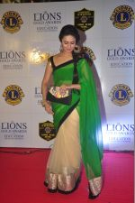 Divyanka Tripathi at the 21st Lions Gold Awards 2015 in Mumbai on 6th Jan 2015 (490)_54acf3ac352ce.jpg