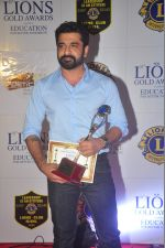 Eijaz Khan at the 21st Lions Gold Awards 2015 in Mumbai on 6th Jan 2015 (414)_54acf3be254e6.jpg
