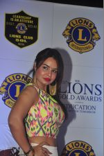 Kavita Verma at the 21st Lions Gold Awards 2015 in Mumbai on 6th Jan 2015 (43)_54acf3fd3e740.jpg